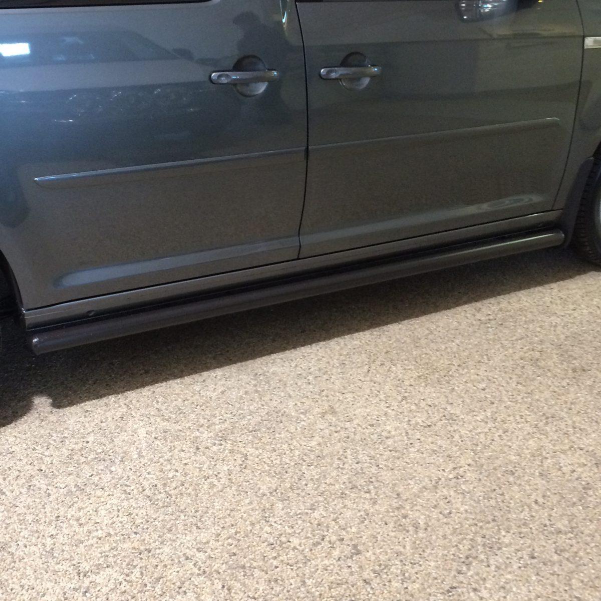 Sidorör 60mm Svart VW Caddy 2004+-0