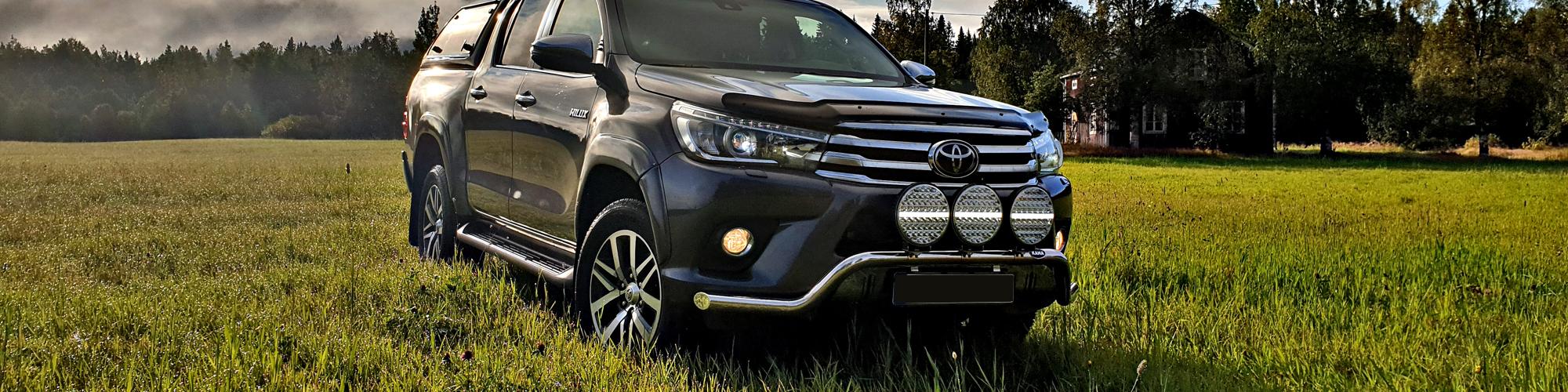 Frontbåge Toyota Hilux 16-20 bakgrundsbild